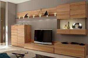 Bài trí kệ bằng gỗ đầy tiện ích cho căn phòng khách-02
