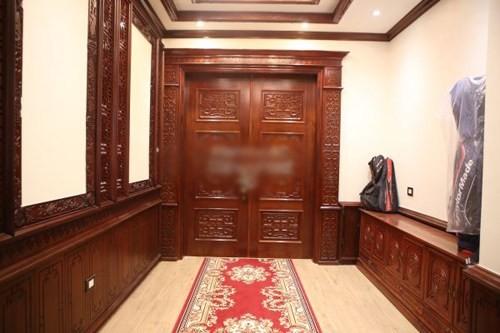 Hình ảnh 4- Nội thất gỗ độc đáo của biệt thự ở hà nội