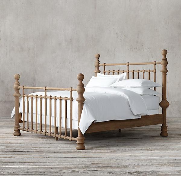 Mẫu thiết kế giường gỗ cổ điển đẹp 3