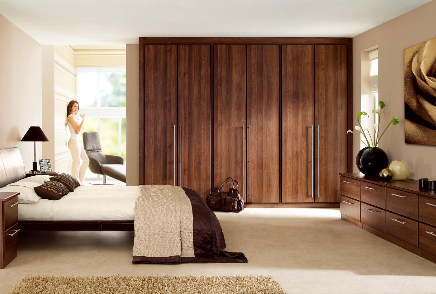 Nội thất gỗ cho phòng ngủ sang trọng. 5