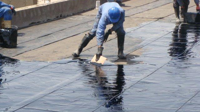 Các bước xử lý chống thấm cho nhà xuống cấp-5