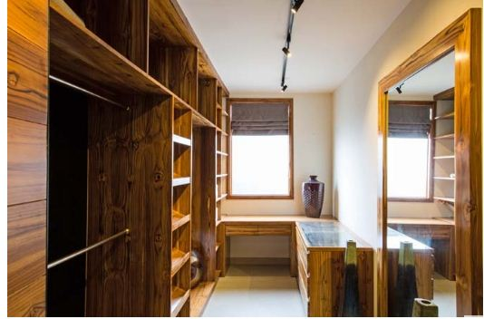 Ngôi nhà làm bằng gỗ có khả năng chống cháy. 4