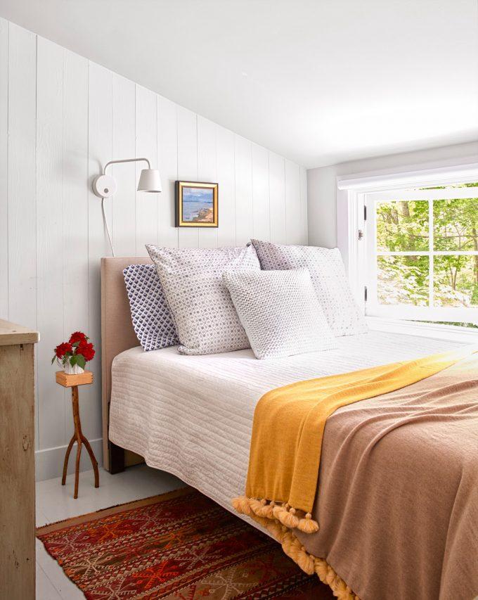 Thiết kế nội thất nhà chất liệu gỗ tự nhiên - Phòng ngủ khách