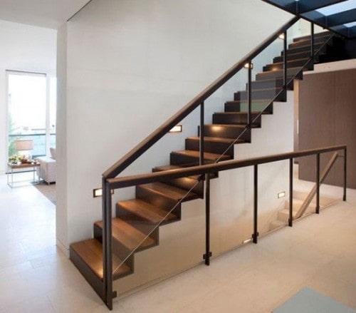 Thi công gỗ nội thất giá rẻ cho cầu thang nhà ống - 4