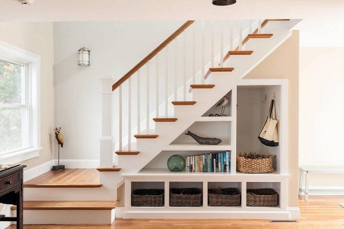 Thiết kế gỗ nội thất cầu thang cho nhà ống hợp phong thủy - 7
