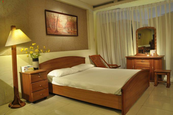Thiết kế gỗ nội thất giường cưới 1m8 cho cặp vợ chồng trẻ - 2